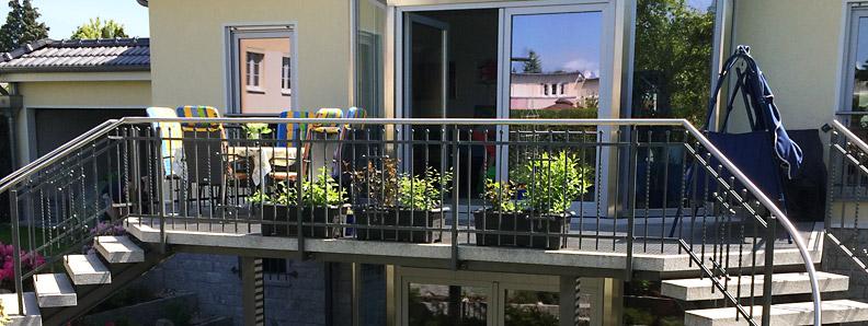 stahlterrassen berlin ma gefertigte terrasse f r haus und garten von metallbau habermann in berlin. Black Bedroom Furniture Sets. Home Design Ideas